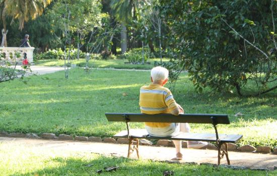 Elderly-942049_960_720