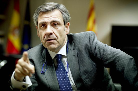 Daniel-de-Alfonso-en-su-despac_54243711734_53389389549_600_396