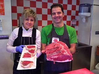 Eduardo Antón, propietario de la carnicería Antón, una de las 8 que en Burgos comercializan carne de potro.