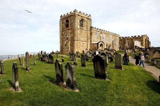 Iglesia de Santa María de Whitby, en la costa del norte de York Pedro Retamar
