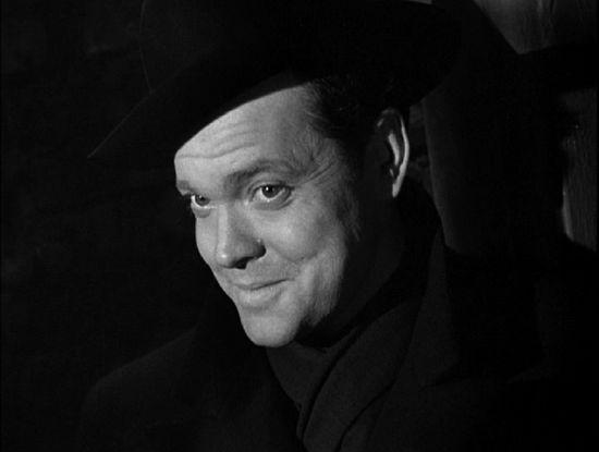 Orson Welles en el papel de Harry Lime en  El tercer hombre
