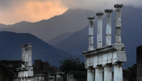 Pompeya apertura 1