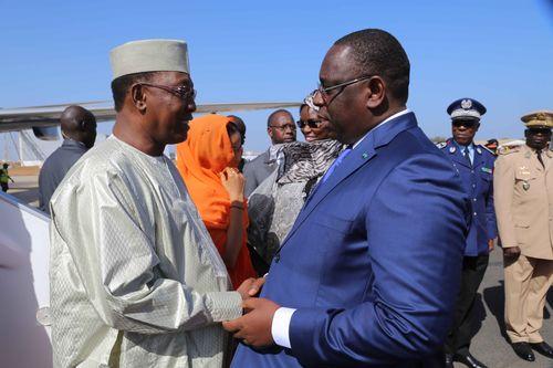 FORUM INTERNATIONAL DE DAKAR SUR LA PAIX ET LA SÉCURITÉ EN AFRIQUE ARRIVEE SEM IDRISS DEBY PRESIDENT DE LA REPUBLIQUE DU TCHAD (1)