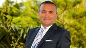 Mehemet Aygün, el inventor de los döner kebab enrollados en pan de pita