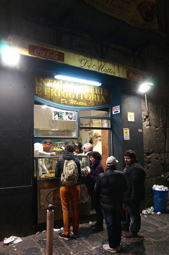La pizza y ocho motivos más para viajar a Nápoles >> El Comidista >> Blogs EL PAÍS