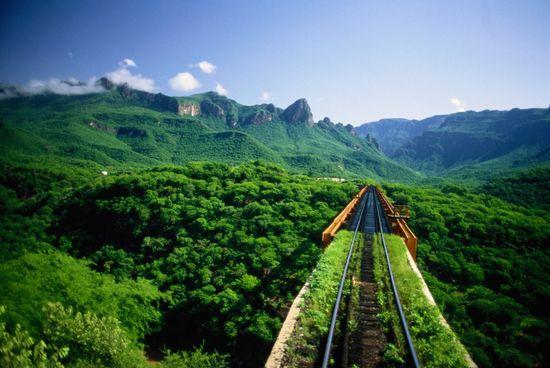 Tren Chihuahua Pacífico Barrancas del Cobre Phil Schermeister