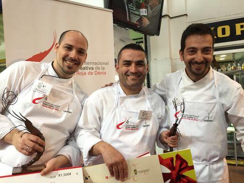 Ruben Cabrera en el centro, junto a Daniel García Peinado (izquierda) y German Espinosa (derecha), segundo y tercer premio respectivamente.