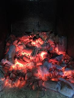 Brasas de carbónde de marbú cubano