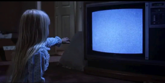 Poltergeist-tv-scene-theyre-here-1024