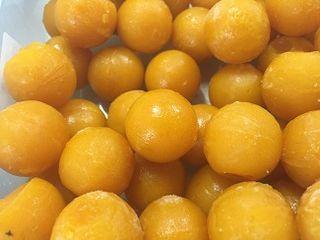 Yemas de mango ya preparadas