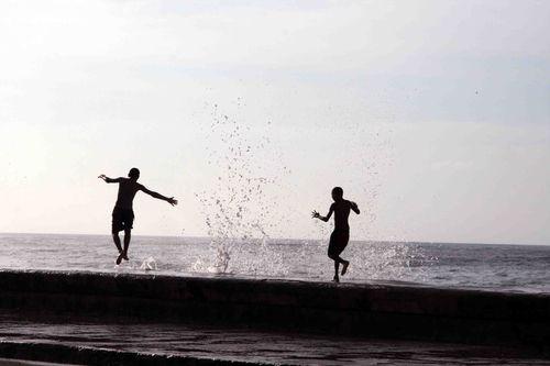 Malecón de la Habana -M.J Mora