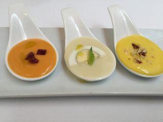 Sopas frías antequeranas, de izquierda a derecha, porra (salmorejo), mazamorra y porra de naranja