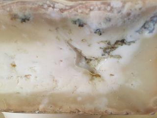 Porción de queso azul