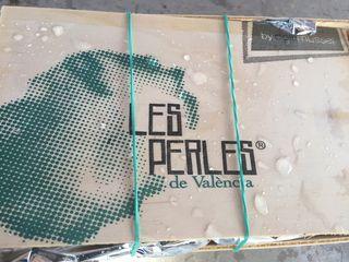 Cajitas de embalaje de las ostras, denominadas %22Les Perles de Valencia%22