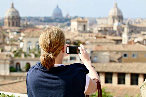 Roma Apertura