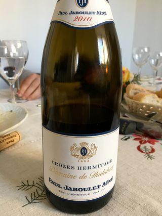 Tinto Paul Jaboulet Aíné 2010 de la región vinícola de Hermitage, con el que acompañamos el almuerzo