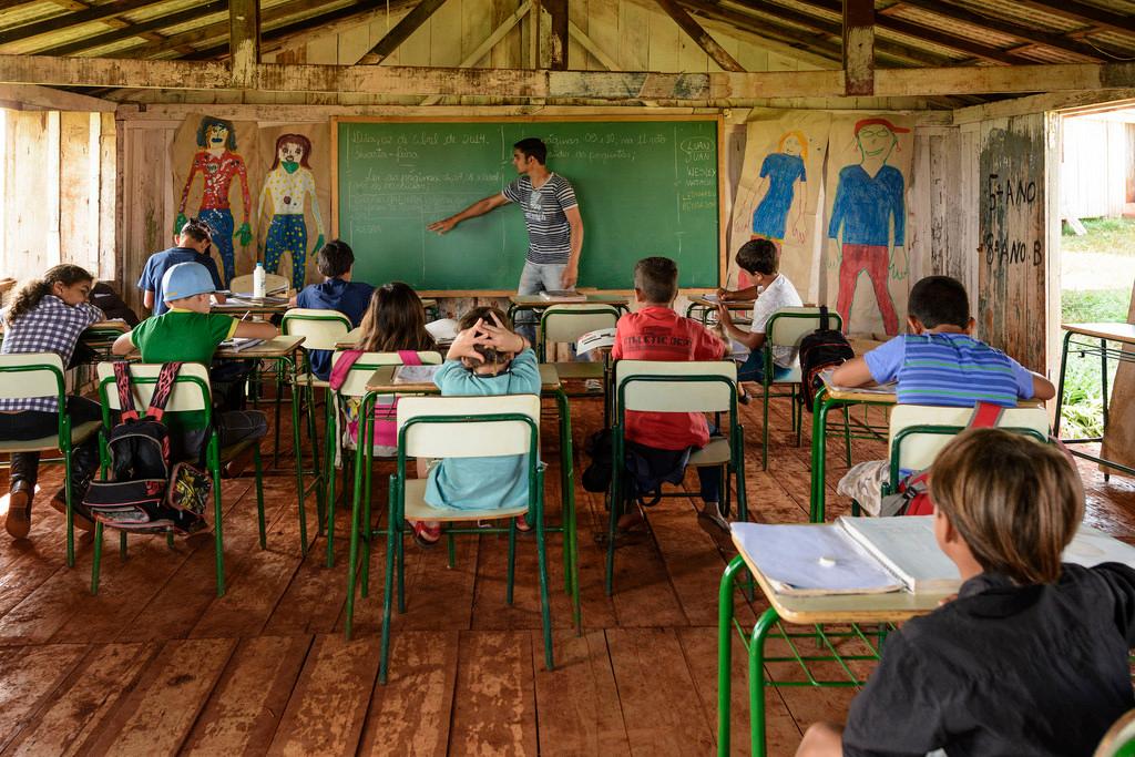 Los desaf os de la educaci n popular latinoamericana for La accion educativa en el exterior