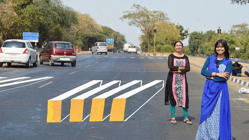 These-optical-illusions-slow-down-drivers-at-crosswalks