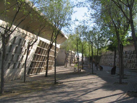 Cementerio Igualada Miralles LC