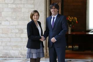 Puigdemont-Forcadell-Generalitat-FRANCESC-MELCION_1511259030_20383125_1000x665