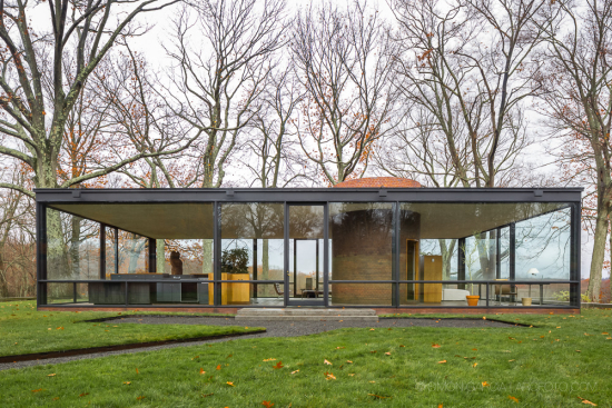 Glass-House-Philip-Johnson-15-SG1529_3717