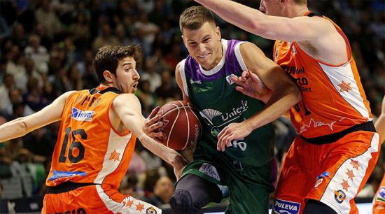 Unicaja-valencia-basket