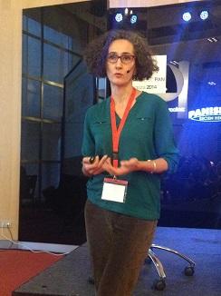 La doctora María Jesús Callejo, durante su exposición