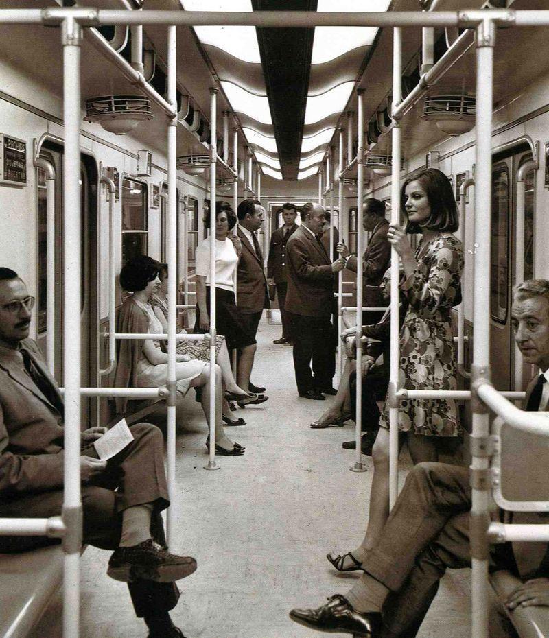 Viajeros_en_tren