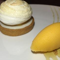 Tartaleta de limón con helado