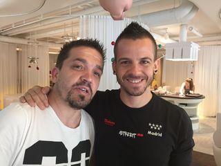 Carlos Moreno y David Muñoz en un ricón del restaurante Diverxo