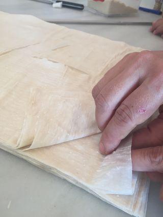 Hasta doce láminas son necesarias para montar las baklavas