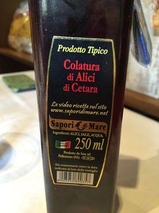 Colatura di alici, italiana del pueblo de Cetara