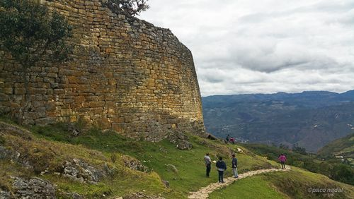 Kuelap, muralla- Paco Nadal