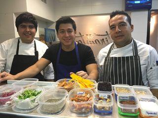 Omar Malpartida en el centro junto con Santiago Vidal y Rodrigo Romero
