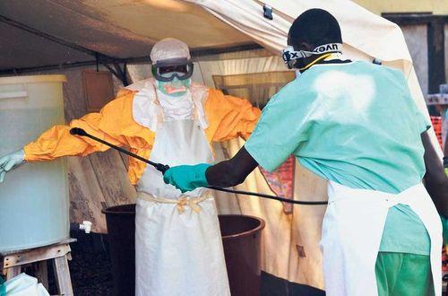 Organizacion-Medicos-Fronteras-tratamiento-Conakry_LNCIMA20140925_0190_5