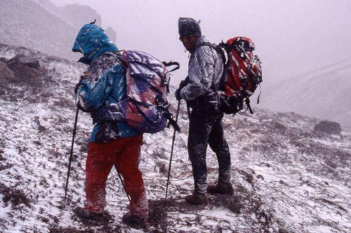 Aconcagua, tormenta de nieve - Paco Nadal