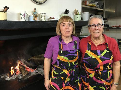 ÁNGELA AUNÓS Y SU HIJA MARIA DEL MAR FERNANDEZ