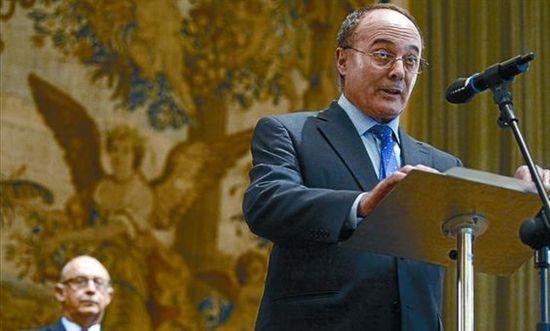 Negocio de la banca en España. El gobierno avala a la banca privada por otros 100.000 millones. Cooperación sindical.  - Página 7 6a00d8341bfb1653ef01bb08d21e24970d-550wi