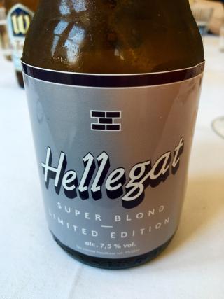 CERVEZA HELLEGAT, SUPER RUBIA, CON 7,5º DE ALCOHOL