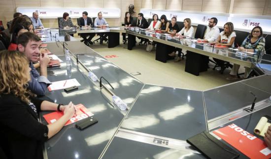 Gra097-madrid-26-09-2016-vista-general-de-la-ejecutiva-del-psoe-que-se-ha-reunido-hoy-para-convocar-el-comite-federal-del-1-de-octubre-y-analizar-los-resultados-de-las-elecciones-vascas-y-gallegas-efe-luca-piergiovanni