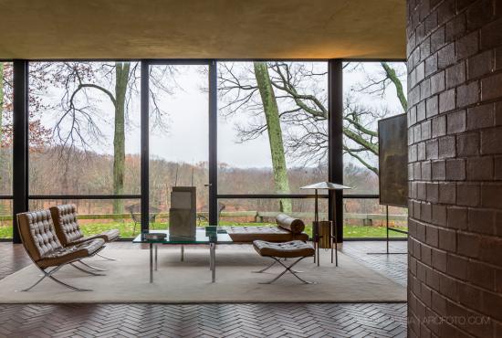 Glass-House-Philip-Johnson-20-SG1529_3613-2