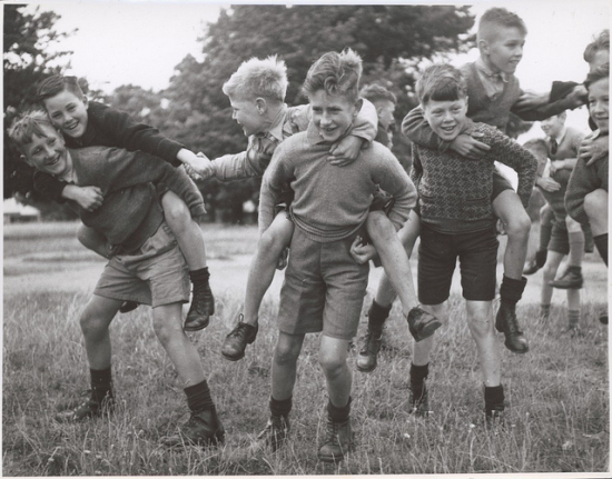 Drouin schoolboys playing