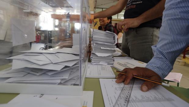 Urnas-elecciones-kbQF--620x349@abc