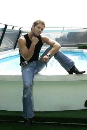 Nacho, en la piscina